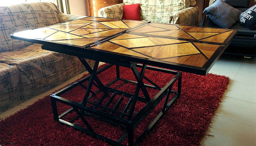 Coffee Table That Can Be Also Transformed Into A Dining Table